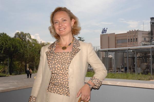 Camilla Borghese, la principessa in camice bianco a capo di Ibi farmaceutici